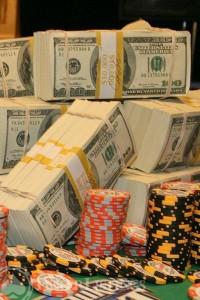 заработок покером